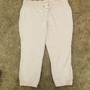 Xhilaration Pants - Size M sweatpants capris (cream colored)